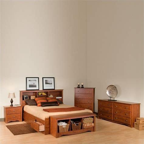 4 piece queen bedroom set queen 4 piece bedroom set in cherry cbq 6200 4pkg