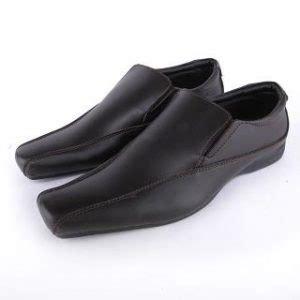 13 merk sepatu kulit berkualitas pria dari dalam dan luar