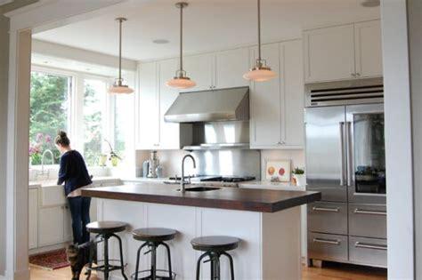best light type for kitchen moderner k 252 hlschrank mit glast 252 r 25 ideen f 252 r ein