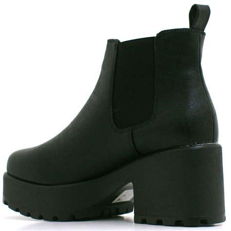 chunky heel chelsea ankle boots is heel
