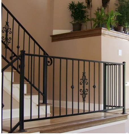 tangga putar besi   Bengkel las Cengkareng, Pagar Rumah