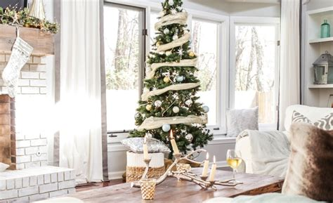 how to decorate your living room for christmas 25 christmas living room decor ideas