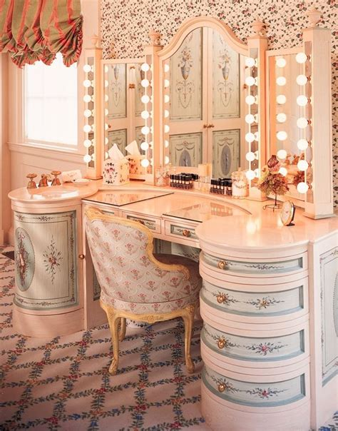 Pretty Vanities by 17 Best Images About Dressing Tables Kidney Shaped On