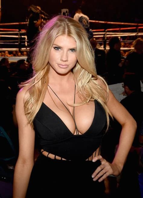 Halloween Garland Charlotte Mckinney Height Weight Body Statistics Healthy Celeb