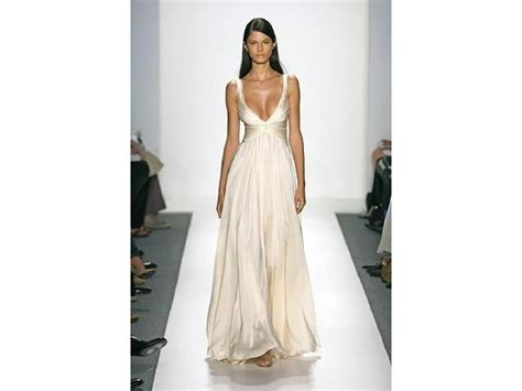 Fashion Week 2007 Reem Acra Saves The Best For Last Second City Style Fashion reem acra 2 500 size 4 used wedding dresses