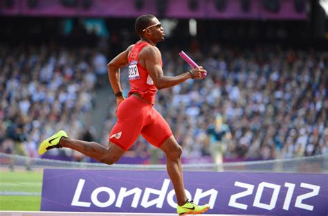 my is limping but shows no sign of alpha phi alpha member manteo mitchell breaks leg in olympic 4x400m relay race