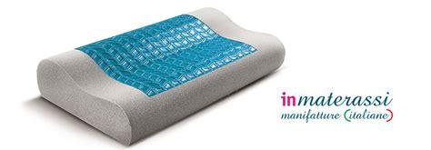cuscini per dormire come scegliere il cuscino giusto per dormire bene