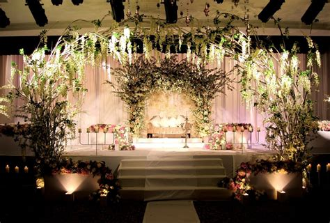 romatantic reception decorations 18 beautiful floral