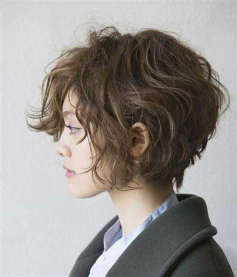 hair style ideas with slight wave in short 25 best ideas about short curly hair on pinterest short