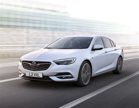 opel insignia uk vauxhall announce details of the insignia grand sport 2017