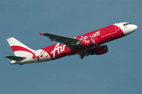 airasia indonesia phone number breaking news air asia a320 appears to be missing over
