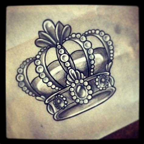 king and queen crown tattoo designs 25 best ideas about crown drawing on