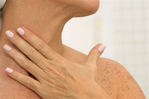 pictures of sagging skin on neck get rid of turkey neck how to banish that wattle of loose
