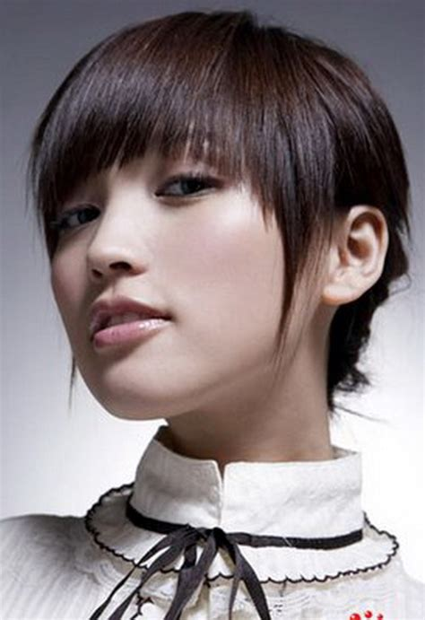 hairstyle for round faced teenage girl round face new hairstyle for teen girls yusrablog com