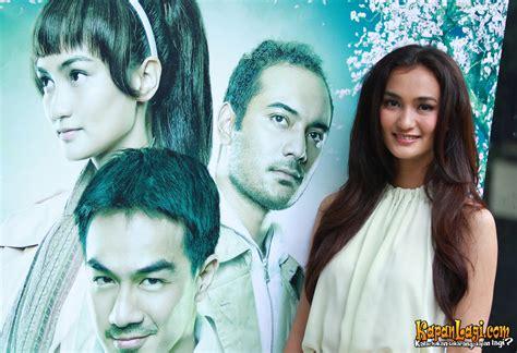 download film indonesia la tahzan atiqah hasiholan bawakan karakter unyu di la tahzan