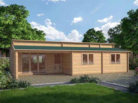 uffici in legno casette in legno uso ufficio lavorare in giardino