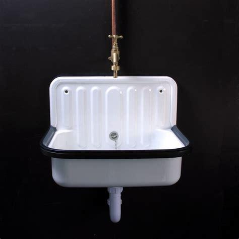 enamelled steel sink