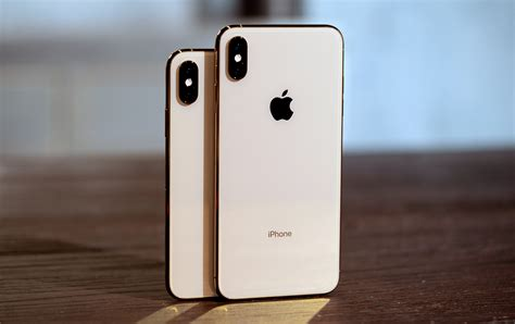 iphone x s apple iphone xs and xs max review pricey but future proof