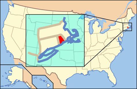 rhode island map usa rhode island flags emblems symbols outline maps