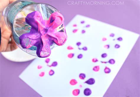 soda bottle flower painting make bottle print button flowers crafty morning