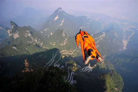 parachute dive wingsuit parachute flying fly flight birdman