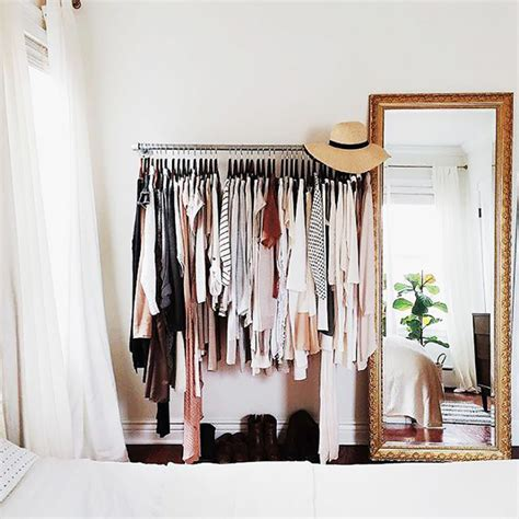 simple steps to declutter your closet for a fresh fashion