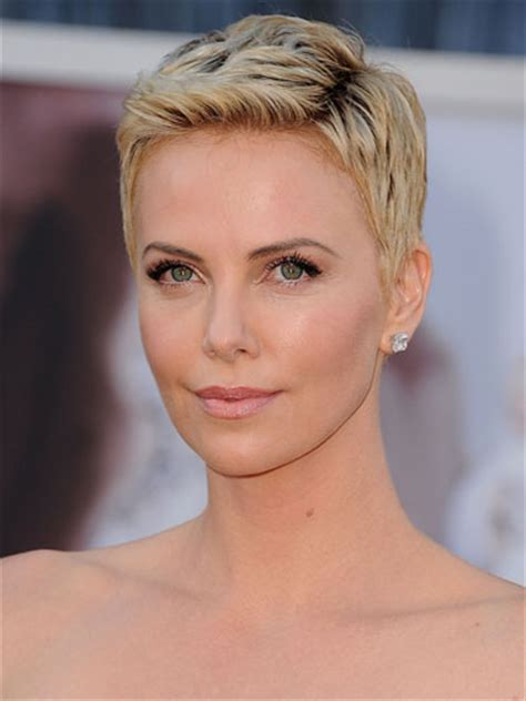 hairstyles very simple 20 short natural hairstyles easy to do yve style com