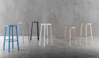 sgabelli in legno per cucina sgabello essenziale in legno alto design per cucina