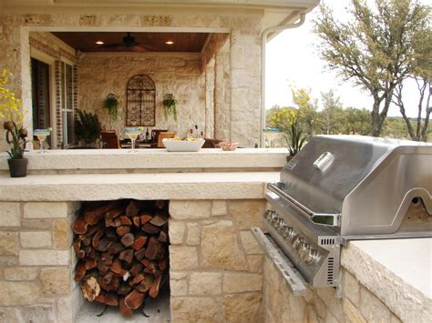 outdoor kitchens hgtv pictures of outdoor kitchen design ideas inspiration