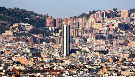 banc de sabadell barcelona edificio banco sabadell desde lejos barcelona