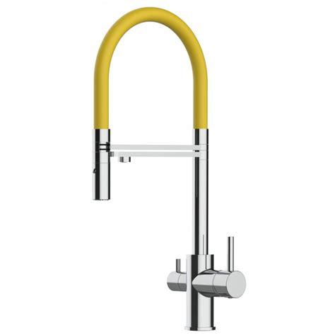 rubinetto tre vie rubinetto tre vie cucina cromato con canna gialla e doccia
