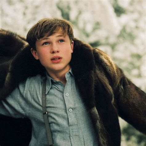 narnia film peter 95 best the chronicles of narnia images on pinterest
