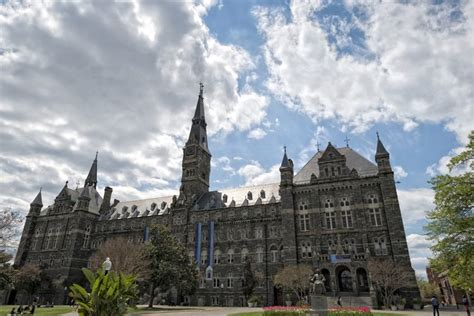 Georgetown Mba Evening Lawyer by 50 Best Pre College Summer Business Programs For High