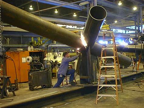 Fabricator Welder by 5 Criteria For Hiring A Metal Fabricator