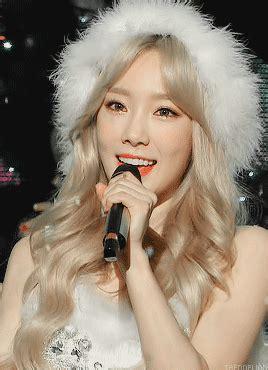 Photocard Taeyeon Dear Santa taendelion taeyeon dear santa 15 12 05 1 min 1 sec