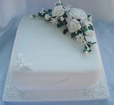 single tier wedding cake ideas cakechannel world of cakes single tier white cake