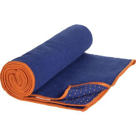 manduka yogitoes mat towel solid backcountry