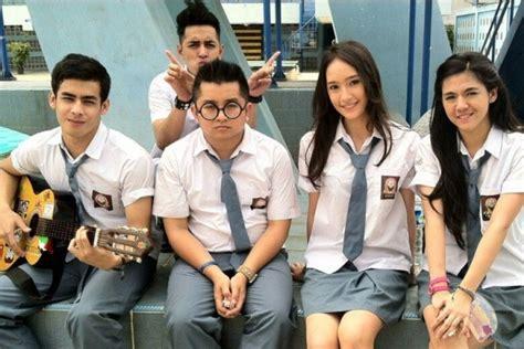 film romantis korea anak sma 15 seragam siswi sma paling keren dari seluruh dunia