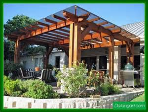 pergola shade covers home landscaping