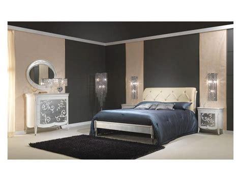 Gepolstertes Kopfteil Bett by Holzbett Mit Silber Finish Gepolstertes Kopfteil F 252 R 5