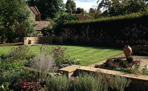 Modern Cottage Garden Design by Cottage Garden Amanda Patton