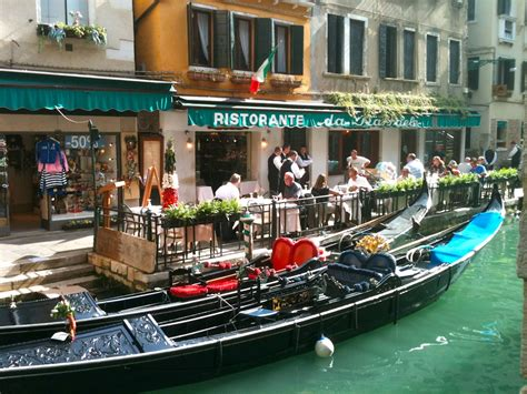 canal cuisine a fantastic tour of italy heritage toursitalian