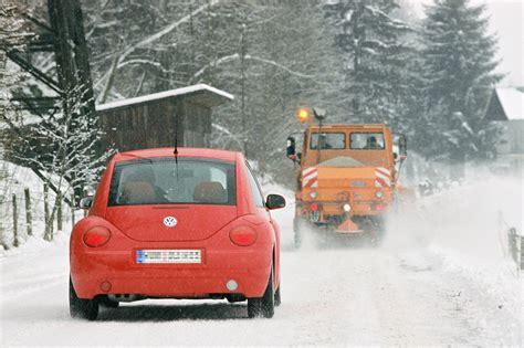 Motorrad Fahrstunden Im Winter by Stadtschnee Im Winter Auto Fahren Magazin Auto De