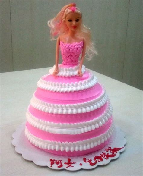 doll design birthday cake ipoh cake shop custom made cakes gt aunty lee cake and