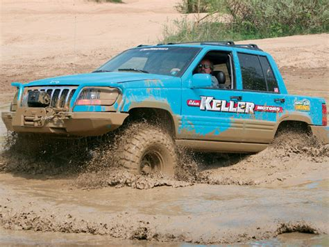 mud jeep cherokee coolest and weirdest jeep pics page 11 jeep commander