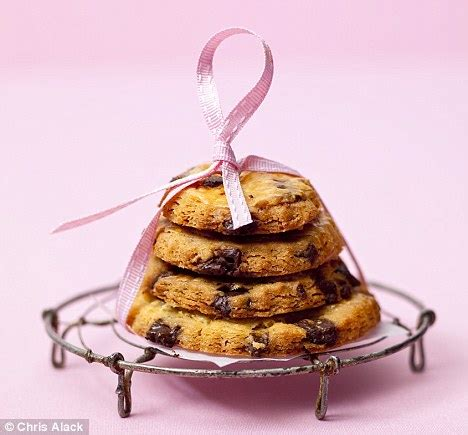 Wrp Cookies Chocolate Chip 240g recipe crisp choc chip cookies daily mail