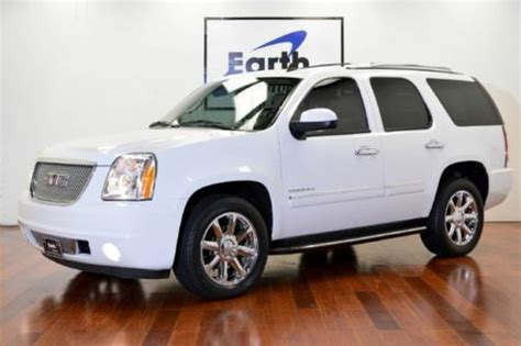 2010 gmc yukon denali nav dvd loaded milton ontario used car for sale 2148227 purchase used 2010 gmc yukon denali awd nav sunroof loaded 1 owner in addison texas united