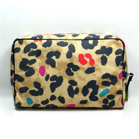 kate spade large henrietta pop art leopard cosmetic bag wlru kate spade wlru