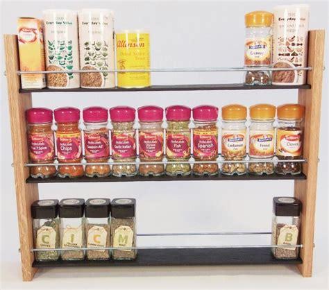 portaspezie in legno portaspezie legno porta spezie con provette di vetro e