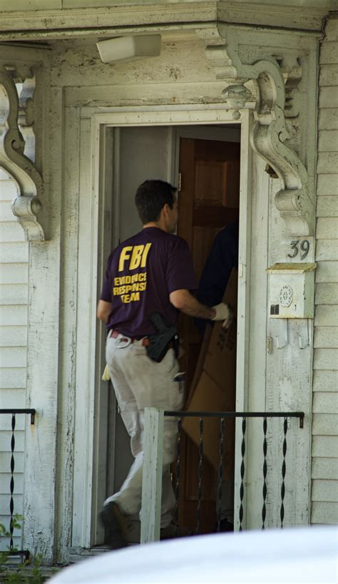 Fbi At Door by File Watertown Fbi Raid Entering House Jpg
